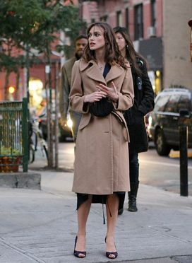 KEIRA KNIGHTLEY IN NEW YORK FILMING HER NEW MOVIE.  20. 0CTOBER 2008.  Photo: Matti Raivio/EASTPRESS